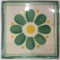 Green Daisy (Slightly Smaller Tile)