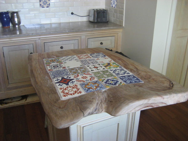 Bench Top Old World Tiles